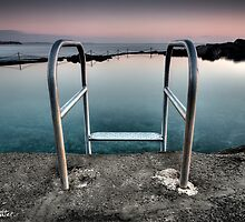 Kiama Rock Pool Sunrise by Kerrod Sulter