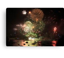 Sydney harbor fireworks 2013 Canvas Print