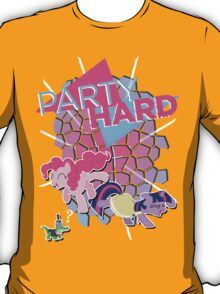 Pinkie Pie & Twilight Sparkle - Party Hard T-Shirt