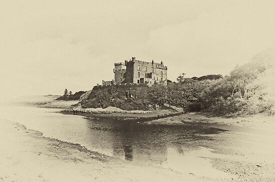 Dunvegan Castle by Chris Thaxter