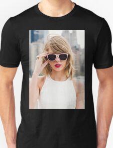 Beautiful Taylor Swift T-Shirt