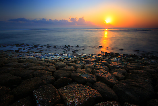 Shimmering Horizon by Felix Haryanto