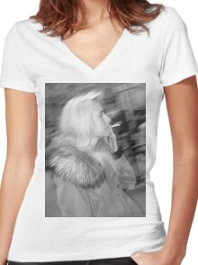 Smoking in London Women's Fitted V-Neck T-Shirt