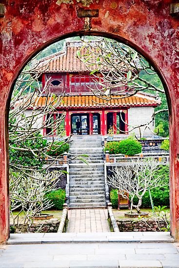 Temple through archway in Hue by kmatm