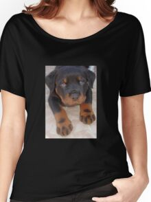Young Male Rottweiler Making Eye Contact Women's Relaxed Fit T-Shirt