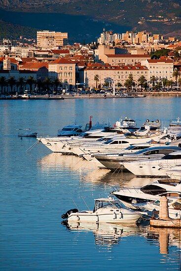Split City and Harbour by Artur Bogacki