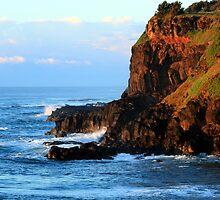 Sunrise Boulder Beach - Skennars Head NSW by Emmy Silvius