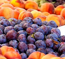 Peaches And Damson Plums  by Kuzeytac