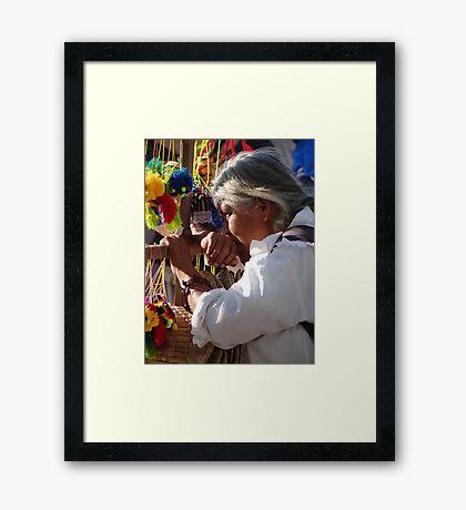 Seller - Vendedora Framed Print