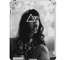 OVERFIFTEEN CHEEKY GIRL iPad Case/Skin