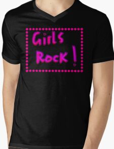 Girls rock! Mens V-Neck T-Shirt