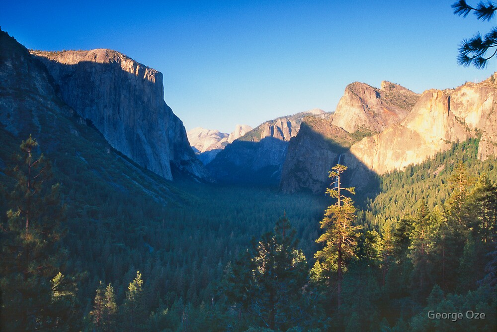 Tunnel View of the Yosemite Valley by George Oze