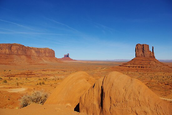 Monument Valley, Arizona by Claudio Del Luongo