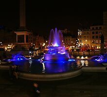 Trafalgar Square #11 by amylauroo
