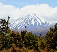 Mt Ruapehu New Zealand by R-Summers
