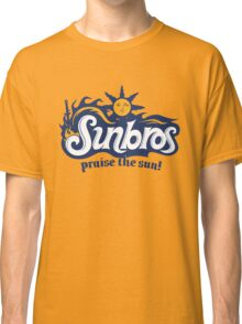 Sunbros: Praise The Sun! Classic T-Shirt