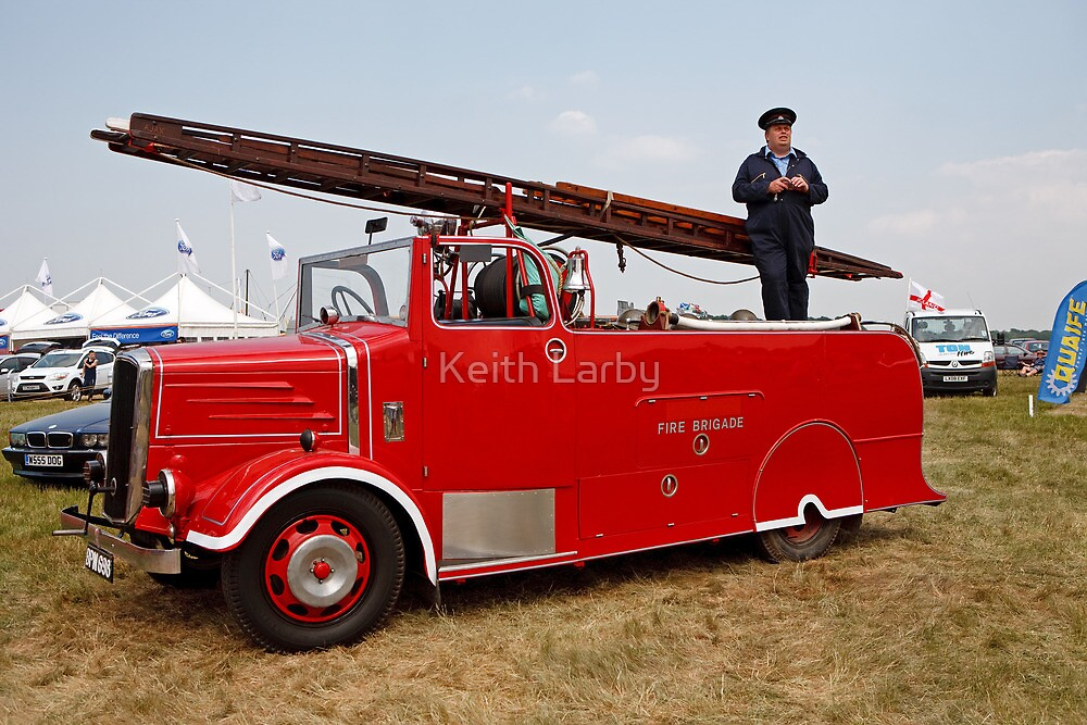"""BPN 698 - East Sussex Fire - Dennis """"New World"""" pump escape by Keith Larby"""