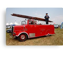 "BPN 698 - East Sussex Fire - Dennis ""New World"" pump escape Canvas Print"
