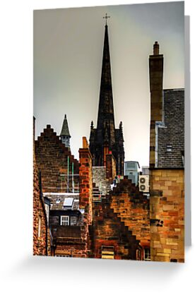 Over the rooftops of Edinburgh by Tom Gomez