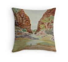 Simpson's Gap, West MacDonnell Ranges, NT Throw Pillow