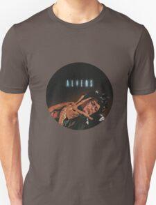 Aliens - Ripley Vs Facehugger T-Shirt