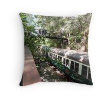 Here Comes The Train! Barron Gorge Station, Far Nth. Que. Throw Pillow