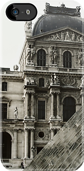 The Louvre - Paris by Trudi Skinn