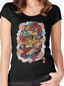 Skull and Snakes Women's Fitted Scoop T-Shirt