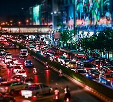 the Busy Bangkok Night by fharoonz