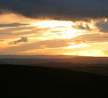 Severn Valley Sunset by trobe