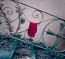 red glove by Joana Kruse