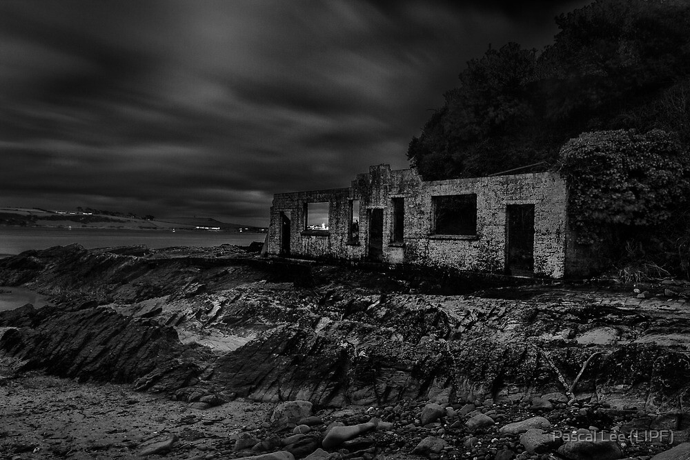Holiday Home - Crosshaven Co. Cork  by Pascal Lee (LIPF)