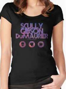 Scully, Gibson, Du Maurier Women's Fitted Scoop T-Shirt