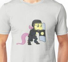 Riot shield Fluttershy - Military Pony Unisex T-Shirt