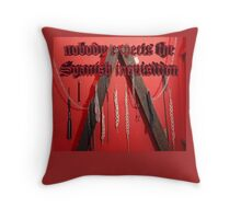 Nobody expects the Spanish inquisition (Monty Python) Throw Pillow