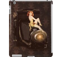 RETRO CAMERA IPAD CASE iPad Case/Skin