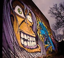 Graffiti Face by robbuttle