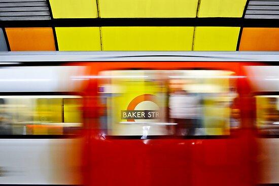 Mind the gap - Baker Street by Chilla Palinkas