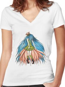 Lotusëia Women's Fitted V-Neck T-Shirt