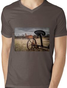 HDR Farmhouse Mens V-Neck T-Shirt