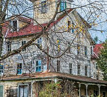 ** OLD HOUSE ON THE HILL ** by RGHunt