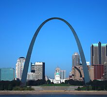 St. Louis Missouri on a bright clear day!  by barnsis
