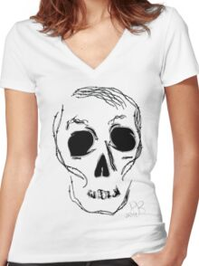 barb wire skull Women's Fitted V-Neck T-Shirt