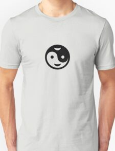 Yin Yang Smiley VRS2 T-Shirt