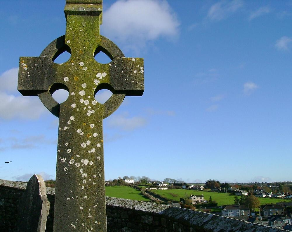Celtic Cross by Valerie Howell