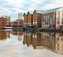 Gloucester docks by Jeff  Wilson