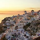 Santorini sunset by Vinchenso