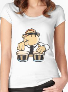 The cool monkey plays the bongos Women's Fitted Scoop T-Shirt