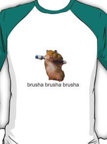 cute baby hamster brush your teeth - brusha brusha  T-Shirt