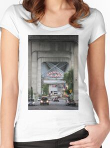 Granville Island Entry Women's Fitted Scoop T-Shirt